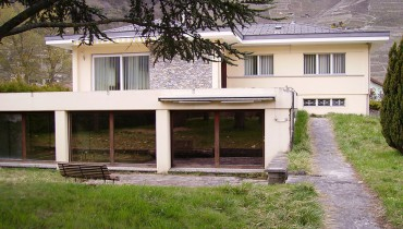 Grande villa + annexe, sur terrain env. 3000m2