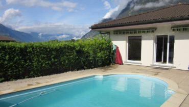 Villa individuelle avec piscine, 245m2 de surface utile, terrain 660m2